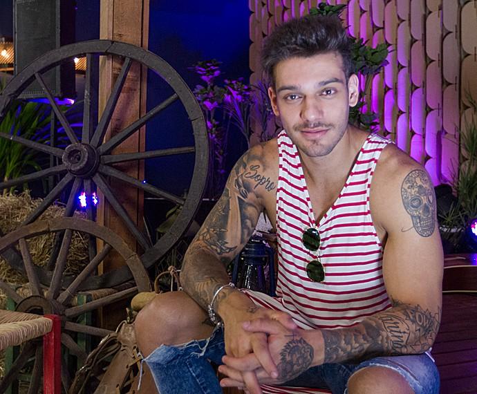 Lucas Lucco conta que chorou ao assistir suas primeiras cenas em 'Malhação' (Foto: Fabiano Battaglin/Gshow)