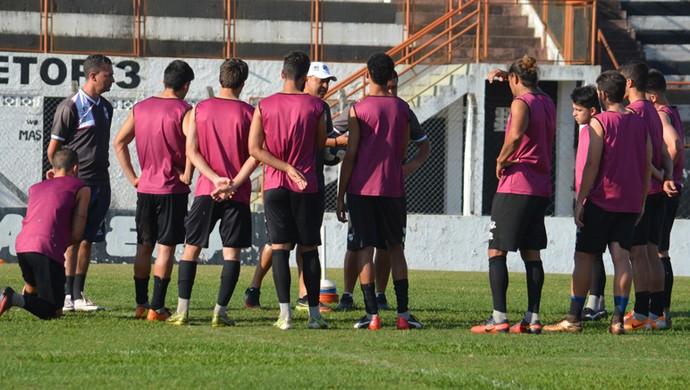 Independente-SP treino Pradão (Foto: Murilo Borges)
