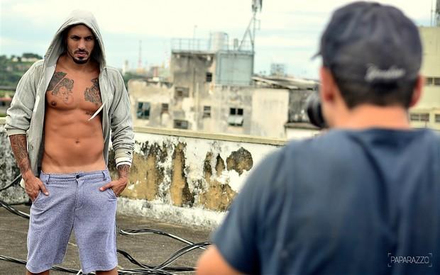Ex-BBB Fernando (Foto: Marcos Serra Lima / Paparazzo)