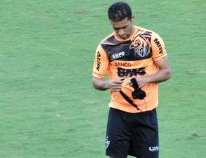 Pierre treino Atlético-MG (Foto: Léo Simonini)