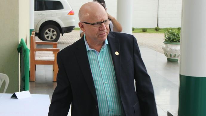 Sérgio Rassi - presidente do Goiás (Foto: Fernando Vasconcelos / GloboEsporte.com)