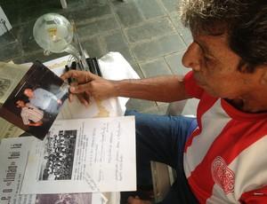 Walter Santos relembra o dia em que conheceu Luciano do Vale (Foto: Hugo Crippa)