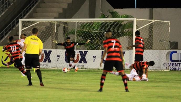 Campinense x Auto Esporte, amigão (Foto: Nelsina Vitorino / Jornal da Paraíba)