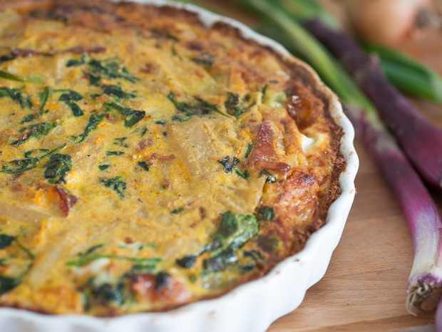 Torta low carb com pão integral e legumes (Foto: Divulgação)