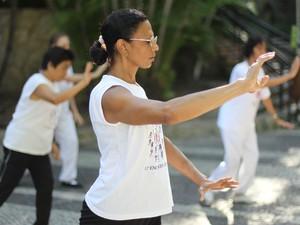 Mulheres poderão aproveitar os benefício do tai chi chuan (Foto: Divulgação/Sesc)