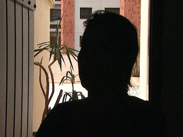 Professora tem medo de voltar a dar aula por causa de ameças de aluna em Ribeirão Preto (Foto: Sebastião Elias/EPTV)