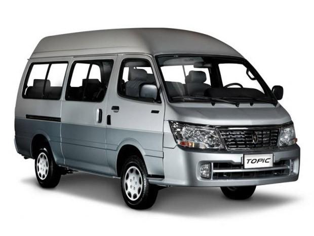 Brilliance produz veículos da marca Jinbei, como a Topic (Foto: Divulgação)