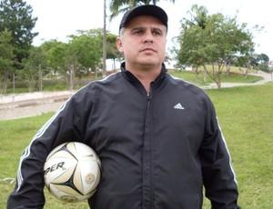 Paulo de Freitas, técnico do Morrinhos (Foto: Divulgação)