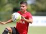 """Promessa, Neto Moura ganha elogios de DS87 no Sport: """"Enche os olhos"""""""