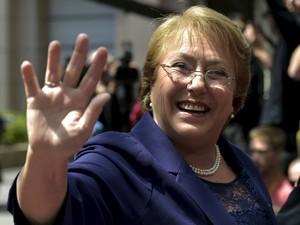 A presidente do Chile, Michelle Bachelet, chega à reunião da cúpula da União Europeia e Celac, em Bruxelas, na Bélgica, em 10 de junho (Foto: Reuters/Eric Vidal)