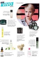 Fernanda Nobre abre a nécessaire e lista seus dez produtos preferidos