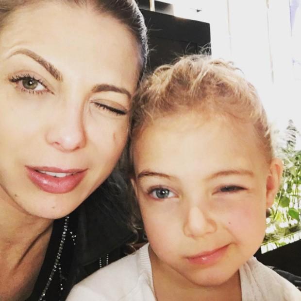Sheila Mello e Brenda (Foto: Reprodução/Instagram)