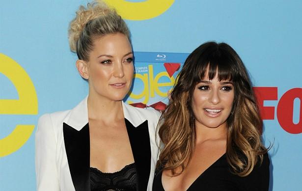 Kate Hudson (à esq.) deu muito suporte emocional a Lea Michele quando esta perdeu o namorado, Cory Monteith, morto em julho de 2013 aos 31 anos de idade. Desde então, as atrizes são muito amigas. (Foto: Getty Images)