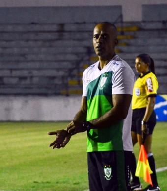 Gabriel Magalhães técnico América-MG futebol feminino (Foto: Danilo Sardinha/GloboEsporte.com)