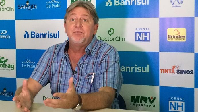 Everton Cury, vice-presidente de futebol do Novo Hamburgo  (Foto: André Roca / GloboEsporte.com)