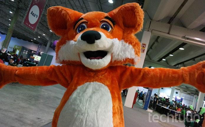 Fox, mascote do Firefox, na Campus Party 2015, em São Paulo (Foto: Melissa Cruz/TechTudo)