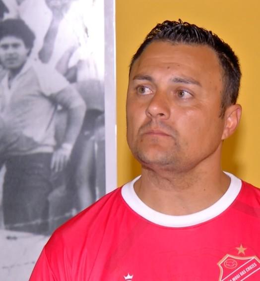 JOGOU BEM (Vinícius Silva)