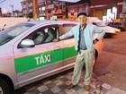 Taxista de 85 anos dirige 12 horas por dia para pagar tratamento da mulher