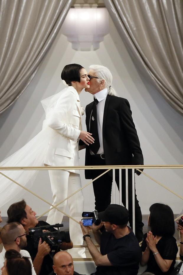 Desfile Chanel (Foto: AFP)