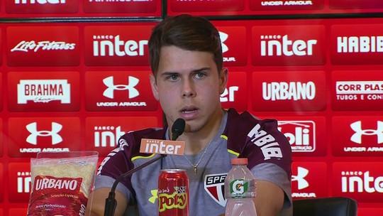 Araruna vê Petros como referência e grupo comprometido no São Paulo