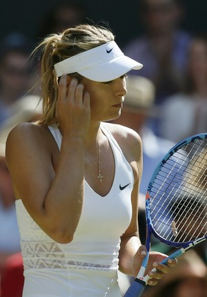 Maria Sharapova x Serena Williams na semifinal de Wimbledon (Foto: Reuters)