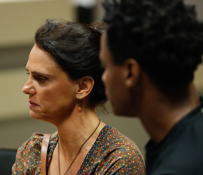 Rosângela perde a paciência com Montanha (Foto: Pedro Carrilho/Gshow)
