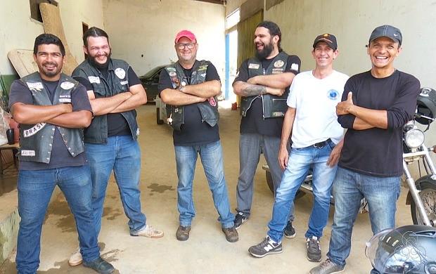 Grupo de motociclistas de Ariquemes arrecada donativos para atingidos por cheia do rio Jaru (Foto: Bom Dia Amazônia)