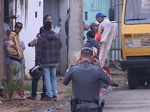 Reintegração vai deixar 80 pessoas desabrigadas em Itapetininga (Foto: Reprodução/TV TEM)