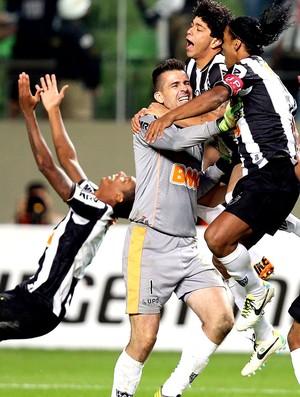 Victor comemoração vitória Atlético-MG (Foto: Reuters)