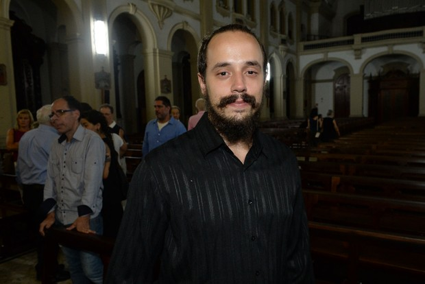 Gianni na Missa de 7º Dia de Vida Alves (Foto: Francisco Cepeda/AgNews)