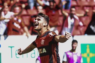 Felipe Vizeu, Flamengo x Atlético-MG (Foto: Agência Estado)