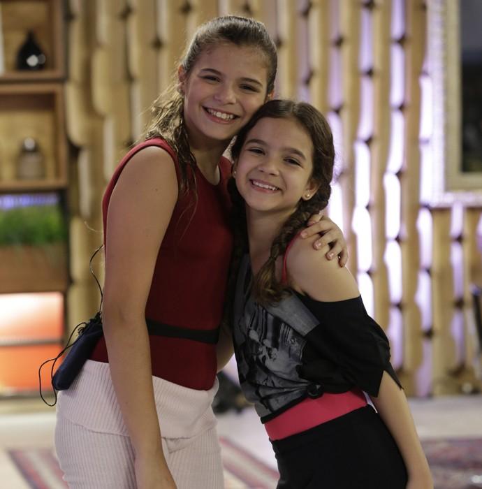 Iguais? Luana Marquezine e Mel Maia posam juntas e comentam comparação  (Foto: Felipe Monteiro/Gshow)