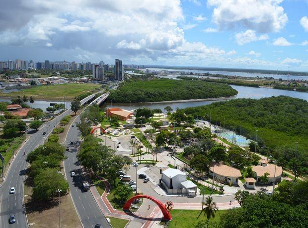 Vista panoramica do Parque dos Cajueiros na Avenida Beira Mar em Aracaju (SE) (Foto: Flávio Antunes/G1 SE)
