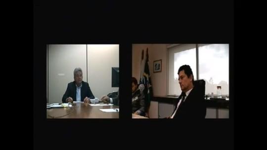 'Faça concurso para juiz', diz Moro ao ser questionado por advogado