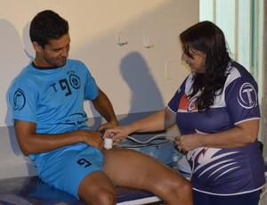 Junior, zagueiro do Vilhena, se recupera de lesão (Foto: Lauane Sena)