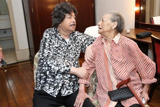 Cauby e sua irmã Andiara em 31 de março (Foto: ROBERTO FILHO/BRAZIL NEWS)