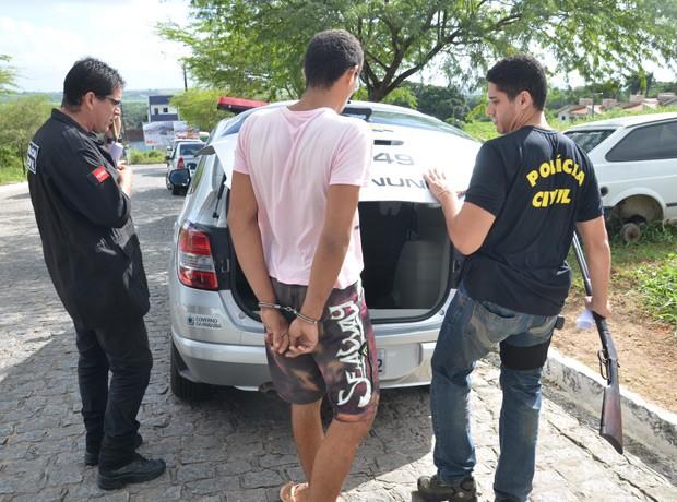 Operação prendeu sete suspeitos de tráfico de drogas em Santa Rita, Grande João Pessoa  (Foto: Walter Paparazzo/G1)