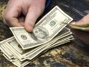 Dólares dinheiro (Foto: Steve Marcus/Reuters)