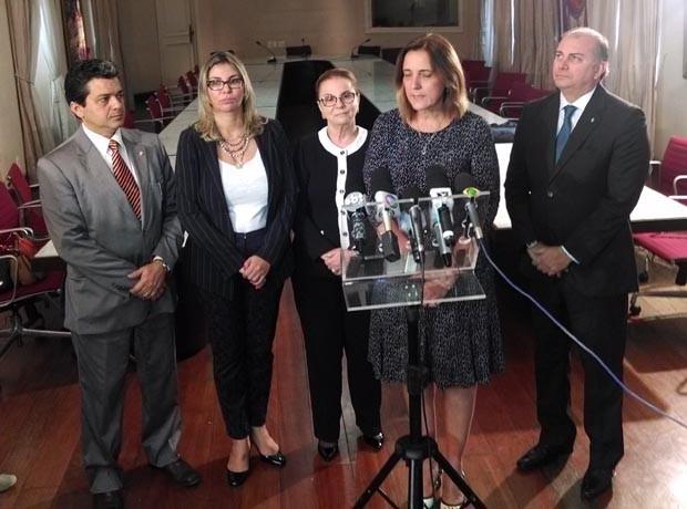 Secretária do Paraná, Maria Tereza Gomes, apresentou ferramenta que gerencia sistema carcerário (Foto: Lenno Edroaldo/G1)
