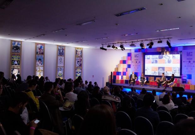Vista geral de uma das salas de palestras do Wired Festival Brasil (Foto: Renique Alves)