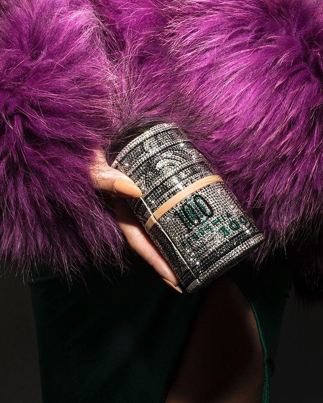 Bolsa Alexander Wang x Judith Lieber usada por Beyoncé (Foto: Reprodução/Instagram)