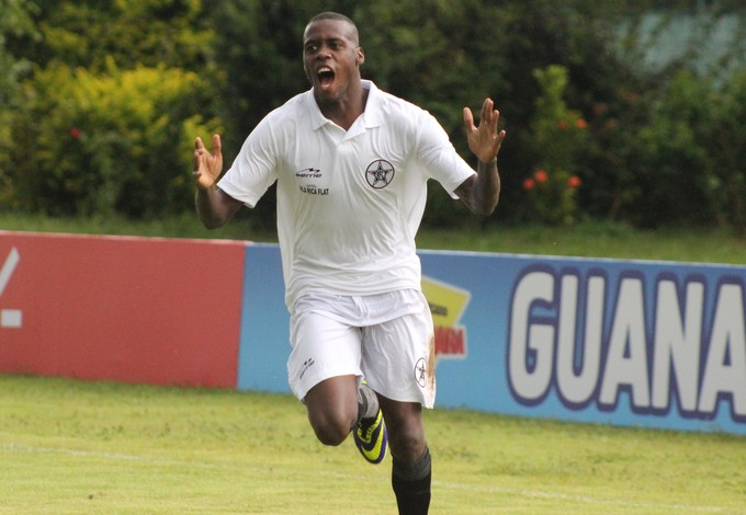 Jhulliam marcou o gol da vitória do Resende (Foto: André Reginatto/Agência Bankada)