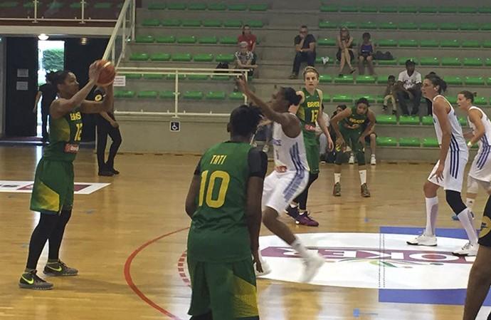 Seleção brasileira perdeu para França por 81 a 54 (Foto: Divulgação/CBB)