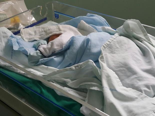 Menino nasceu no Hospital e Maternidade Dona Regina (Foto: Divulgação)