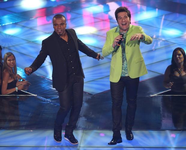 Daniel e Alexandre Pires (Foto: The Voice Brasil/TV Globo)