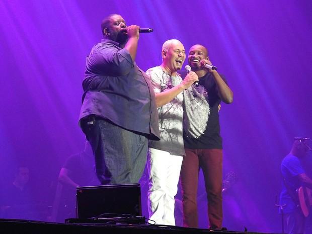 Trio levantou a plateia com sucessos que fizeram história no cenário do samba e pagode no Brasil (Foto: Indiara Bessa/G1 AM)