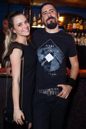 Nathália Rodrigues e o marido, Tchello (Foto: Raphael Mesquita/Divulgação)