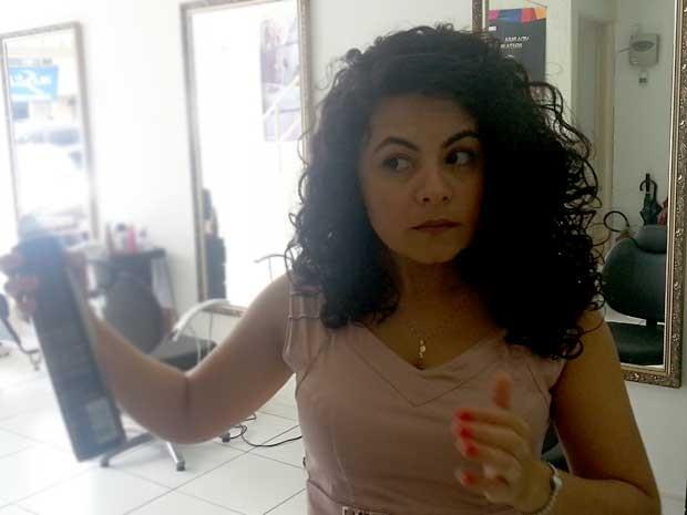 A dona do salão de beleza onde houve o caso de racismo, Eliete Lima de Carvalho (Foto: Raquel Morais/G1)