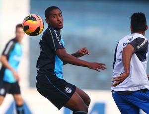 matheus biteco grêmio treino (Foto: Lucas Uebel/Grêmio FBPA)
