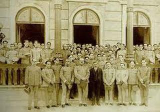Missão médica brasileira atuou em Paris durante seis meses (Foto: Biblioteca Nacional/acervo do historiador Luiz Caminha)